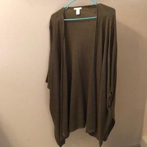 H&M Olive green, short sleeved (throw/sweater)